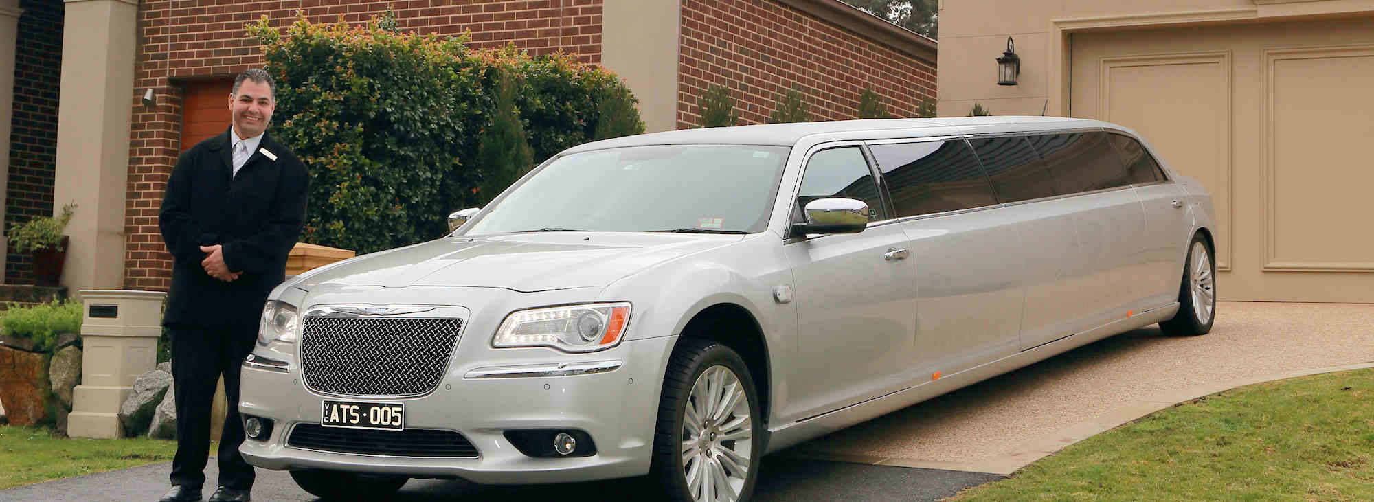 School formal limousine hire