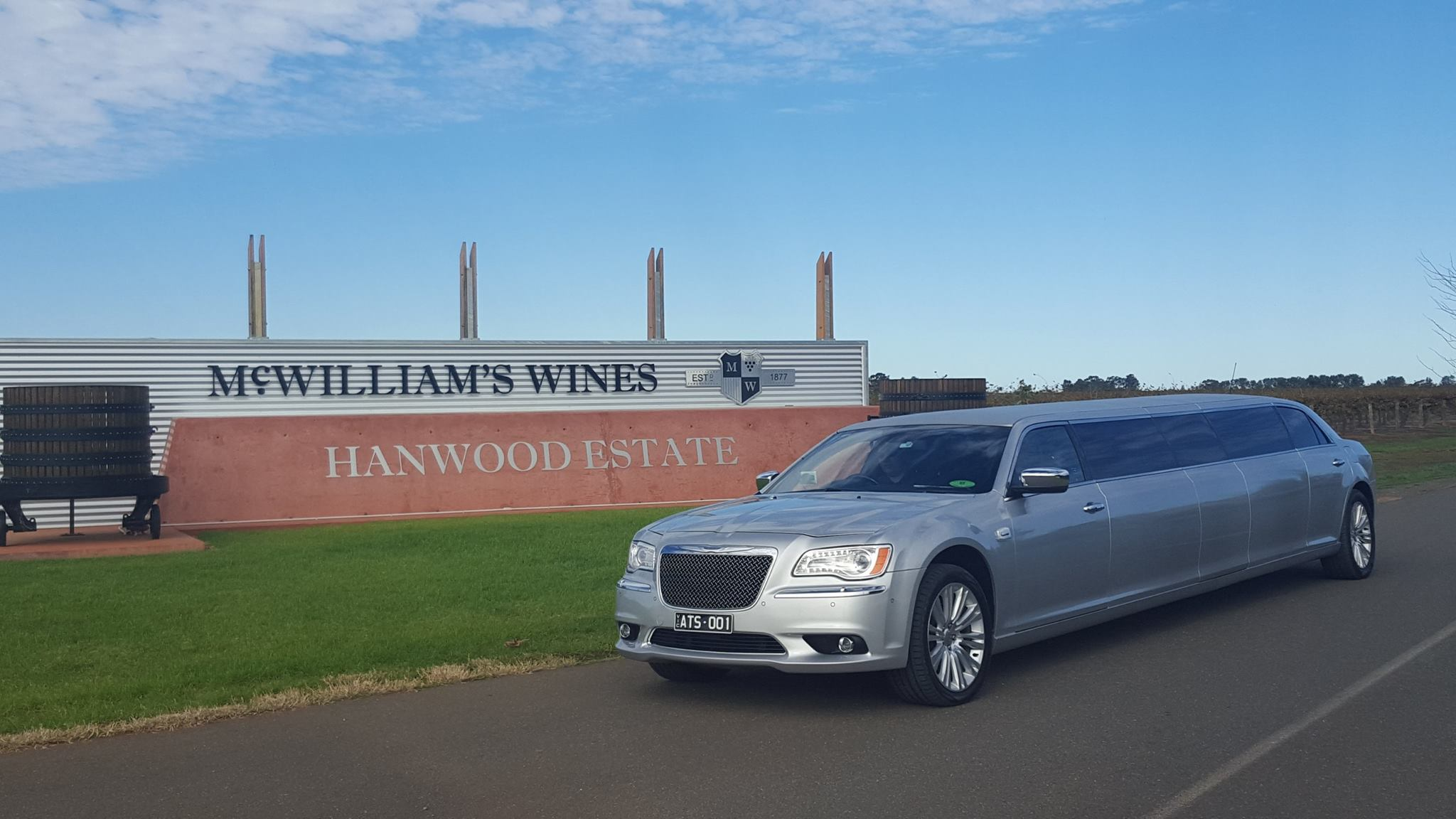 Mc Williams Winery Limo Tour - A Touch of Silver