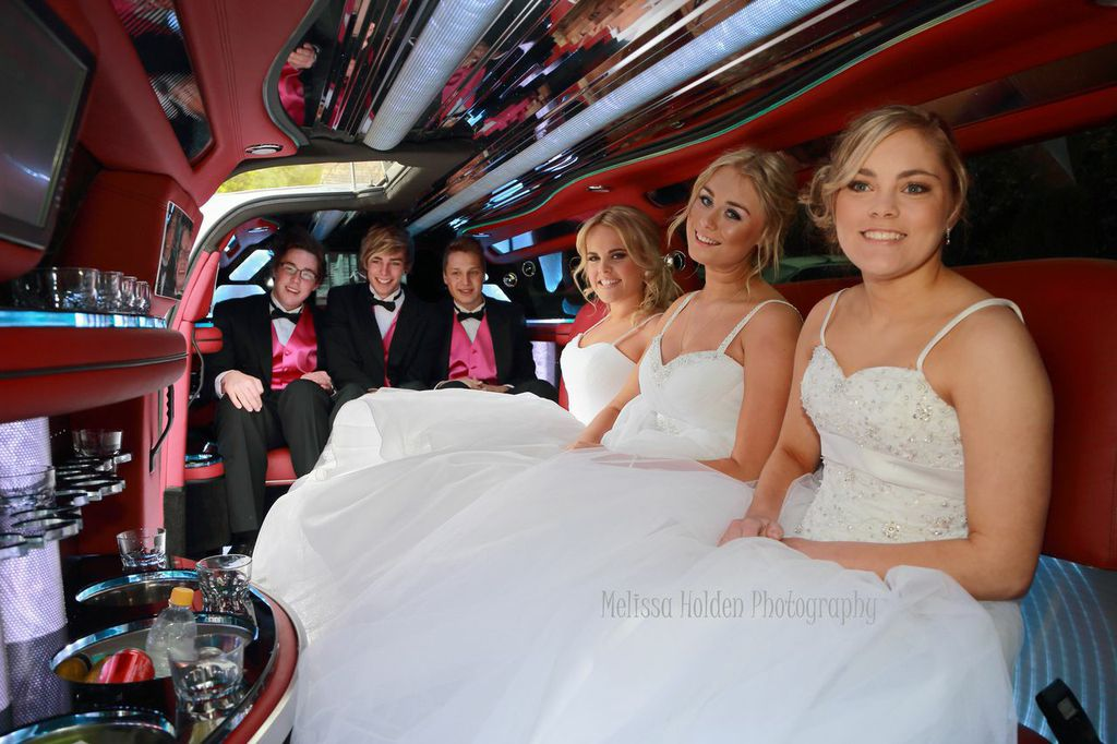School Formal Limo Hire Melbourne - A Touch of Silver